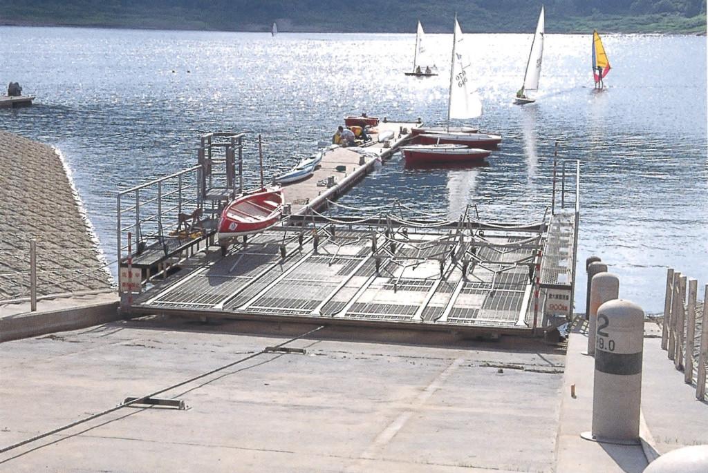 田瀬ダムレイクリゾート繋船設備