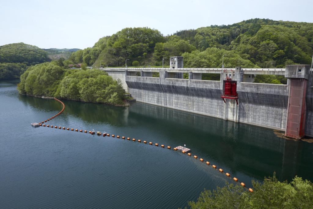 綱取りダム網場更新工事