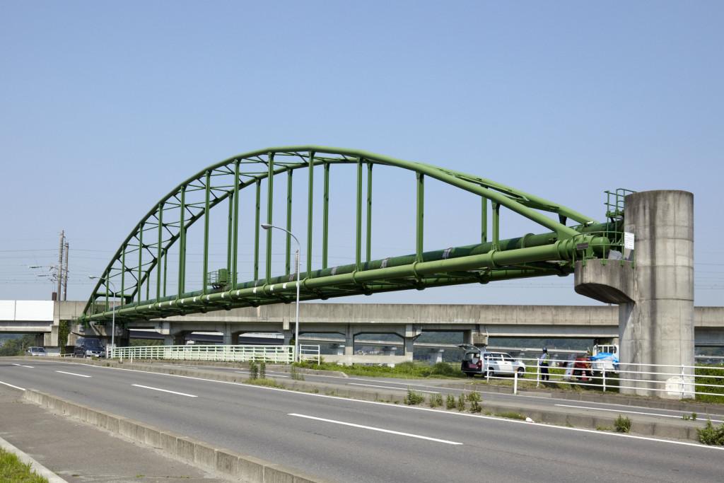 砂押水管橋