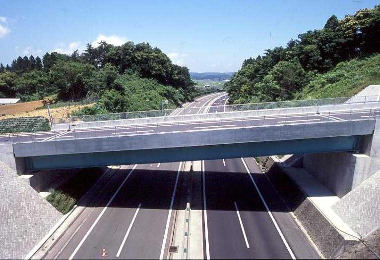 東根跨道橋